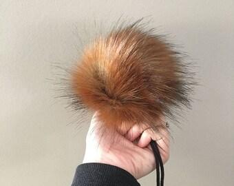 Faux Fur Pom Pom // Amber