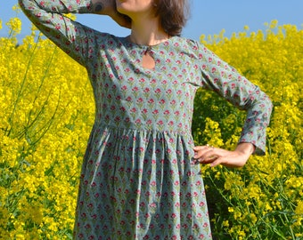 Zen Garden-Floral Tunic Dress,Pure Cotton,Hand Block Printed,Bohemian,Casual-Occasional,Holiday,Summer,Green,Handcrafted,Ethical Fashion