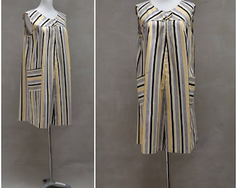 Vintage dress, 1960's summer shift dress, Yellow / Black striped cotton tunic with patch pocket detail, 60's loose fit dress, Sixties Mod
