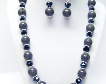 Gray Splatter Glass Bead Necklace & Earrings Set