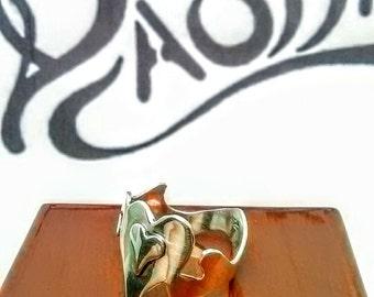 Mystic Wavy Double Heart Ring