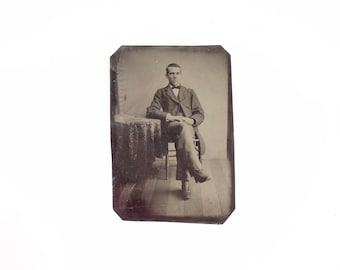 Vintage Tintype Photo of Man / Victorian Era Tintype Photograph