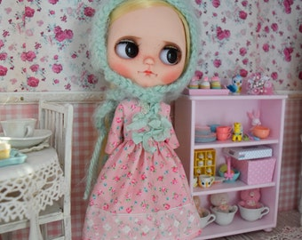 Blythe Spring Pink  Roses Dress and Gnome Helmet