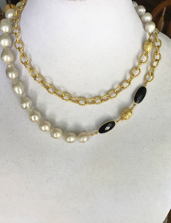 """Pearl Necklace, Onyx Necklace, Baroque Pearl necklace,  Drop Pearl Necklace, Pearl & Onyx Necklace,  Wrap Necklace, 22K Gold Plated,40"""" Long"""