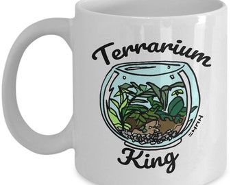 Terrarium Gifts, Funny Terrarium Mug, Terrarium King Gift Mug / Terrarium Decor with Illustrated Terrarium Plant & Container on Printed Mug