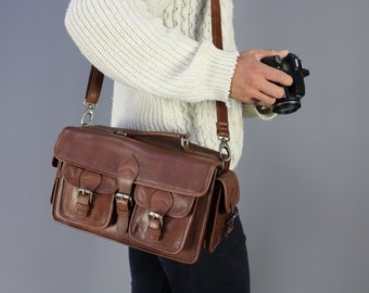 The Tog Camera Bag: Vintage style brown leather camera bag unisex mens