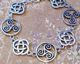 Celtic Bracelet: Brecheliant myths