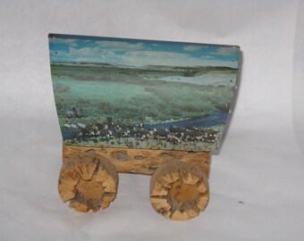 Vintage wagon accent lamp nitelite cactus wood western scene