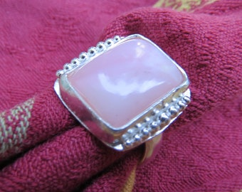 Pink Peruvian Opal Rectangle in Granulated Argentium Ring Size 9 & a Half