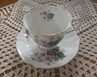 Royal Albert unnamed pattern, purple violets