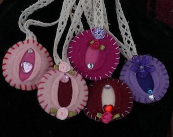 Vagina Ornament 5 Pack Vagina Ornaments - iFelt Vaginas Romance Series for Valentine's Day