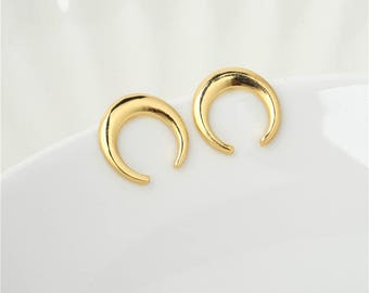 Boho Crescent Moon Stud Earrings
