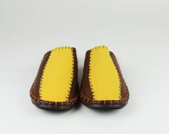 Women size 8 Brown/Mustard