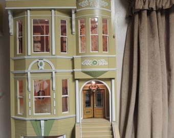 Queen Anne Victorian Dollhouse, Dolls & Miniatures, Art and Collectibles