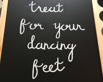 Dancing feet sign