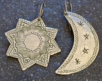 Antique Silver Etched Moon & 8 Point Star Earrings - Hypoallergenic Titanium, Niobium OR Sterling Silver Ear Wires - Boho - Gypsy - Tribal