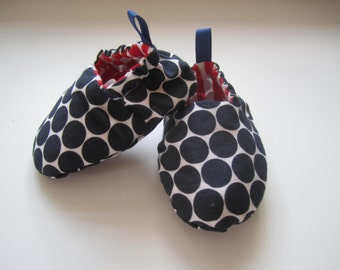SAMPLE SALE reversible blue dot and red stripe baby booties