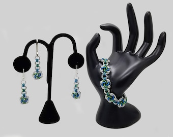 Mermaid and Silver Swirly Chainmaille Jewelry Set including a Bracelet, Earrings and Zipper Pull