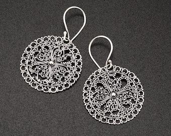 Sterling silver Filigree earrings. round silver earrings. lace earrings. ethnic silver earrings. hippie jewelry. everyday earrings. mandala.