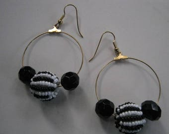 Black and White Danglel Earrings with Gold Tone Wires and Loops