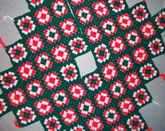 Vintage 1970s 1980s Afghan Tree Skirt Homemade Red Green White Tacky Gaudy Ugly Christmas Sweater Party X-Mas Holiday 70s 80s Hipster