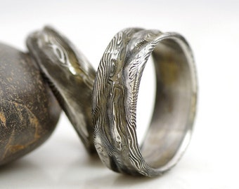Hand forged DAMASCUS STAINLESS STEEL rings and jewelry by KREDUM