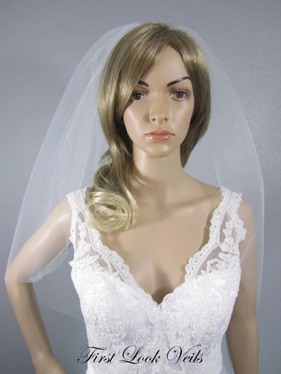 White Wedding Veil, Bridal Elbow Veil, One Layer Plain Viel, Wedding Vail, Bridal Attire, Bridal Accessory, Bridal Accessories, Bride, Gift