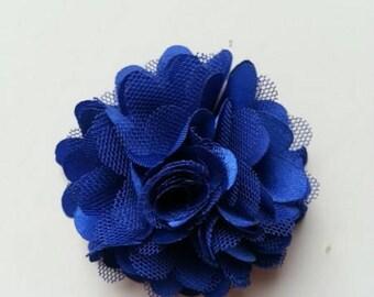 rosette  fleur  satin et tulle bleu  foncé 50mm