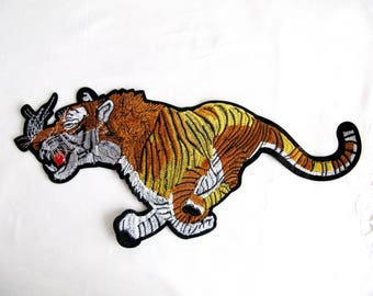 Run Tiger Patch,Iron On Tiger Applique,Animal Patch,Tiger Embellishment,Embroidered Tiger Appliques