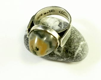 Swedish vintage Vicson, Victor Janson silver ring with an moss agate. 1969