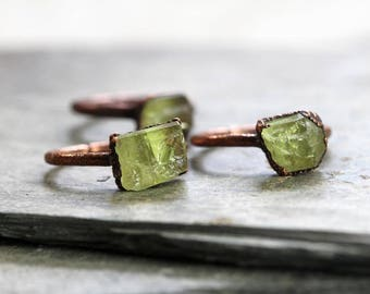Raw Crystal Ring - Yellow Apatite Stone - Electroformed Ring - Copper Ring - Large Stone