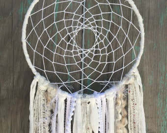 Dream catcher Wall Hanging - Boho Dorm Decor - White Dream Catcher - Hippie Dreamcatcher - Bohemian Wall Art - Apartment Decor