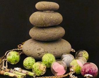 mini terrarium necklace, real flower, flower glass ball necklace