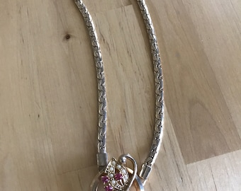 Vintage goldtone necklace with pink rhinestone and pearl pendant