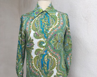 Vintage blouse greens mod paisley print by Lee Mar of CA polyester sz s/m