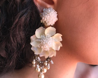 Offwhite Cactus Flower Cream Earrings Handbeaded by Vintage Jewelry Designer Colleen Toland