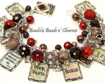 Book Lovers Charm Bracelet Jewelry, Love to Read Charm Bracelet. Bookworm, Reading, Readers, Bookish