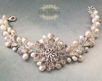 Bridal bracelet, Wedding bracelet, bridal bracelet, Fresh water pearl bracelet, wedding jewelry, Handmade Swarovski crystal evening bracelet