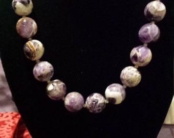 large round amythyst beaded,necklace