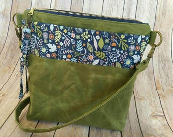 Green Waxed Canvas Crossbody Bag, Green Canvas Bag, Green floral bag, Custom Design, Made to Order, Pick your own design