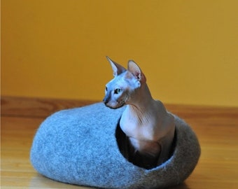Summer Sale Cat bed - cat house - cat cave - puppy bed - pet furniture - pet bed - cat bed from felted wool- eco friendly - made to order