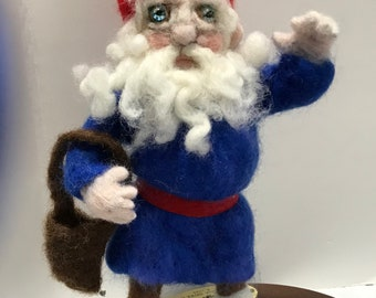 Needle Felted Gnome - Traditional -  Nordic