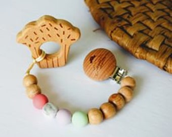 Tie in kids wooden & Silicone / sweet / with or without a toy