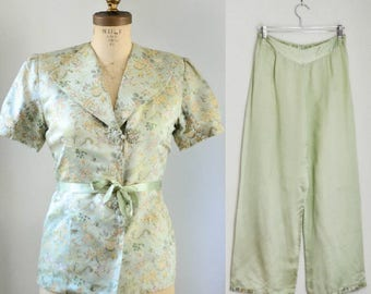 Vintage 1940's Silk Chinoiserie Lounging Set