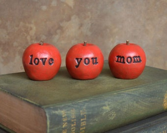 Gifts for mom / Mothers day gift for her / 3 love you mom apples / gift for women / apples gift / gifts for mothers