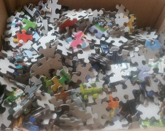 Jigsaw Puzzle Pieces Crafts Assemblage Collage Sculpture Jewelry 200 pcs