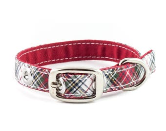 Toy breed dog collar XS size // classic style - red, green, white plaid - Winter style - gift for black dog - gift for white dog