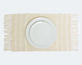 Dot Placemat with Fringed Edge