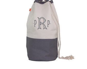 Monogrammed  Laundry Bag, Monogram Laundry Tote, Graduation Gift, Laundry Bag for Dorm