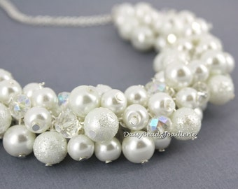 White Pearl Necklace Pearl Jewelry Cluster Necklace Bridal Jewelry for Her Bridesmaid Gift for Bride Party Jewelry Set Wedding Necklace